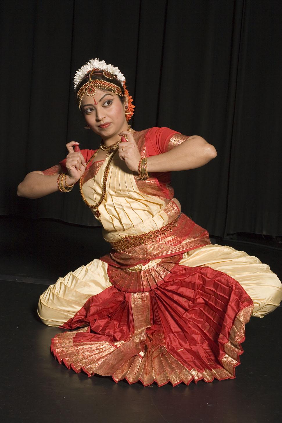 bharata natayam